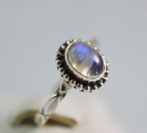 Rainbow Moonstone 925 Solid Sterling Silver Handmade Oval Garland Ring - NavyaCraft