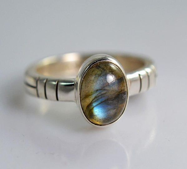 Labradorite 925 Solid Sterling Silver Handmade Eternal Ring - NavyaCraft