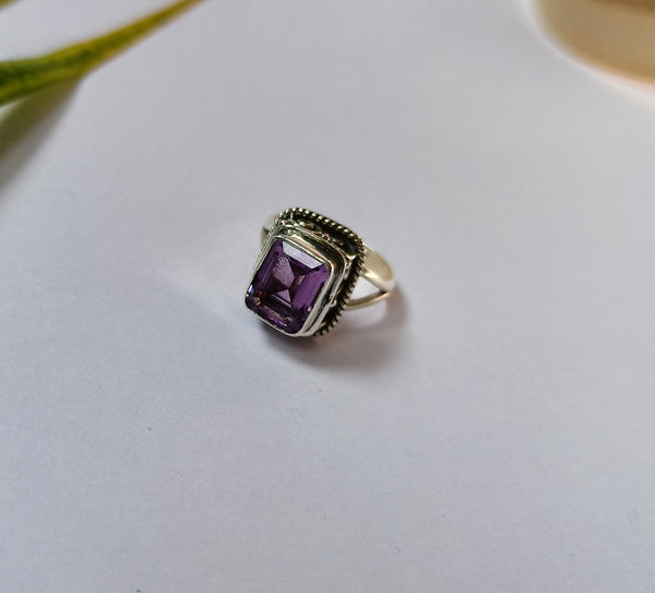 Amethyst 925 Solid Sterling Silver Handmade Cornered Ring