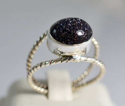 Glittering Black Gold Stone Silver Highrise Ring - NavyaCraft