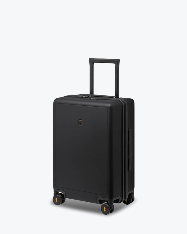 "black carry on luggage, size 22"" x 14"" x 9"""