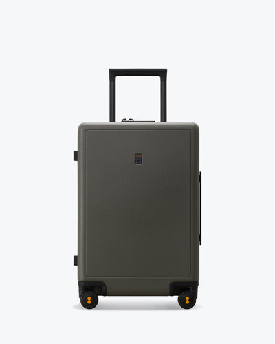 carry om luggage green