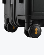 carry on luggage with spinner wheels
