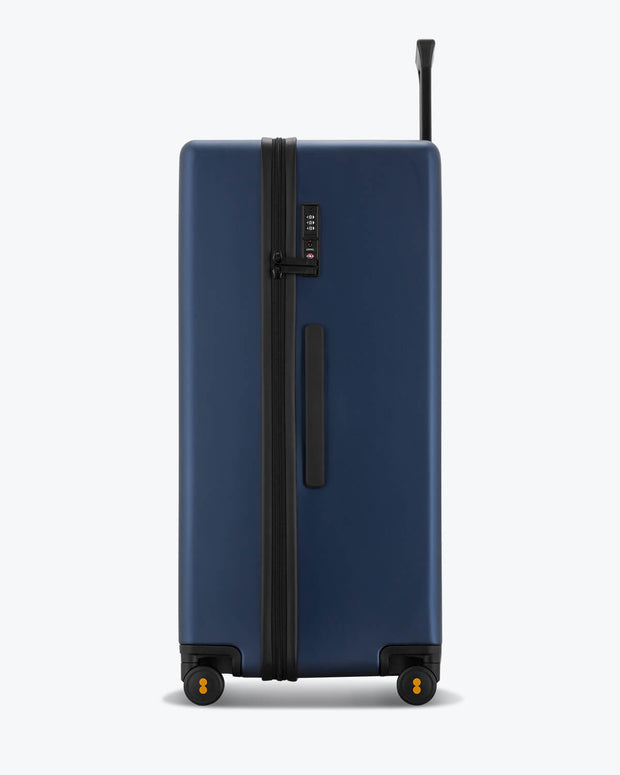 Trunk Luggage 28'' (Only Available in Europe)