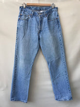 Load image into Gallery viewer, Vintage 501 Levi's 31""