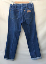 Load image into Gallery viewer, Vintage Wrangler Jeans 31""