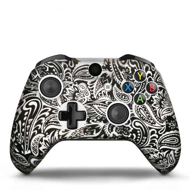Xbox One controller white tribal skin