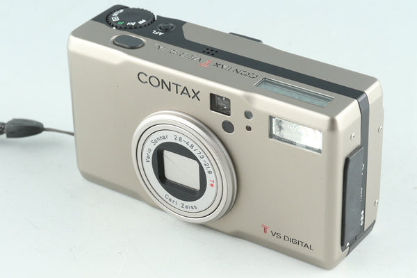 Contax T VS Digital Camera #28069E4