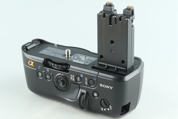 Sony VG-C90AM Vertical Grip for A900 With Box #28735L2
