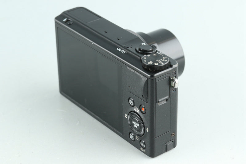 Fujifilm XQ2 Digital Camera #30151E3