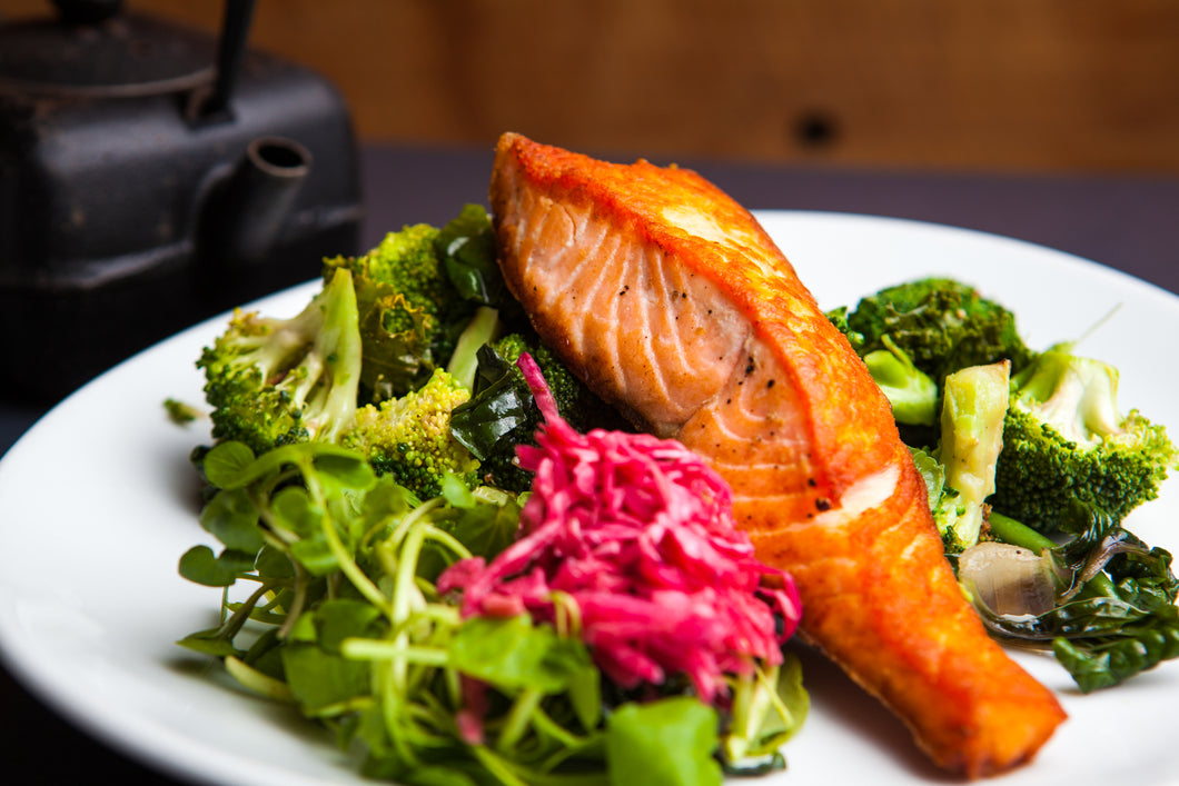 Pan Fried Salmon 350g (GF) (DF) (P)