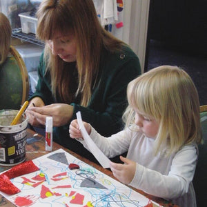 Wee Grow Art // Oct 9 - Nov 13 // Ages 2 -3 with caregiver