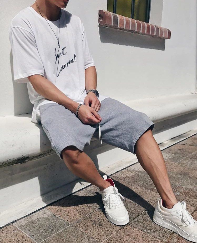 Homme sneakers blanches, t-shirt blanc
