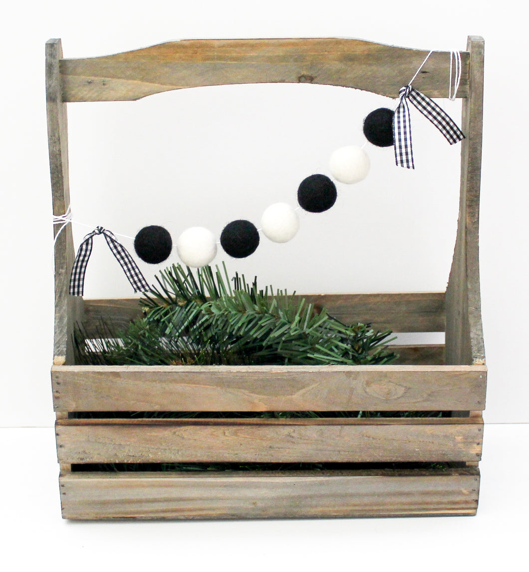 Buffalo Check Garland