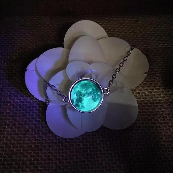 Glow In The Dark Moon Bracelet