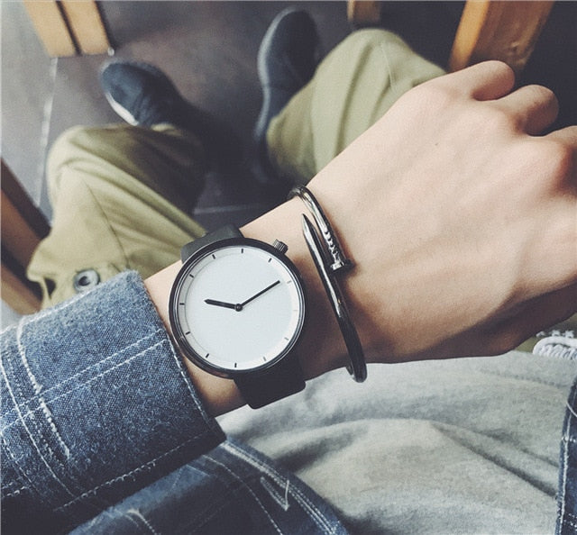 Minimal Look Quartz Watch