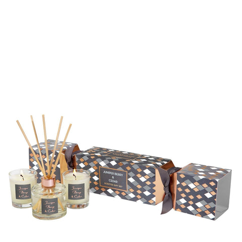 Seasonal Collection - Juniper Berry & Cedar - Cracker Gift Set