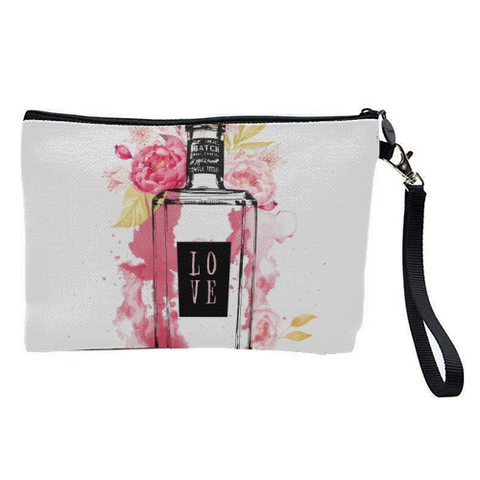 Gorgeous Contemporary Cosmetic Bag Affordably Priced