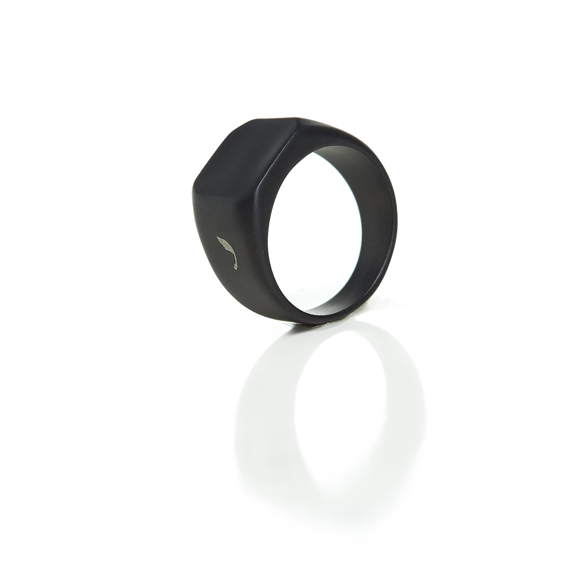 Thruxton Antique Ring Black Matte