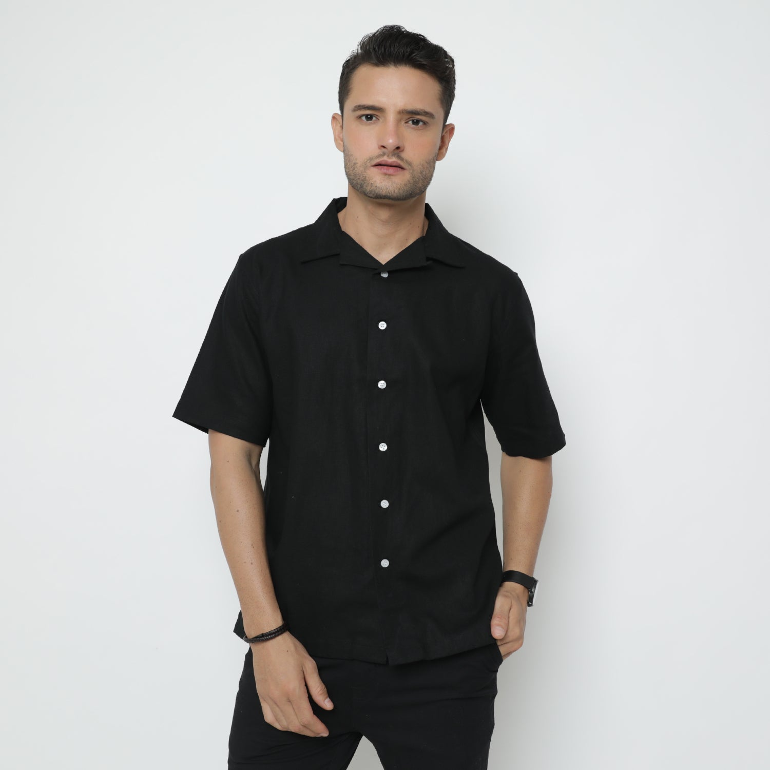 Smith Camp Collar Black