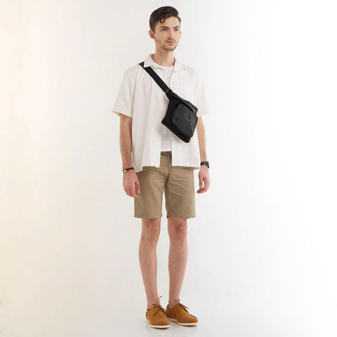 Levitt Slingbag Black