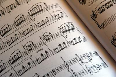 10 Reasons Why You Should Learn Your Scales To Play Classic Piano Songs