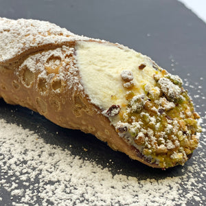 Large Cannoli (4 pieces) - True Delicious | Authentic Italian Desserts