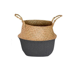 Half-black / half-white foldable seagrass basket