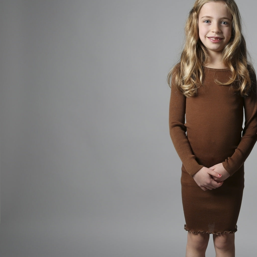 Dress babies wear organic sustainable luxurious fashion children clothes silk seamless merino wool natural design nordic minimalisma shop sale Alda 2-6Y Cinnamon