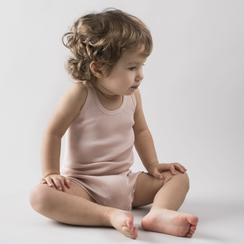 Body babies wear organic sustainable luxurious fashion children clothes silk seamless merino wool natural design nordic minimalisma shop sale Barcelona Sweet Rose