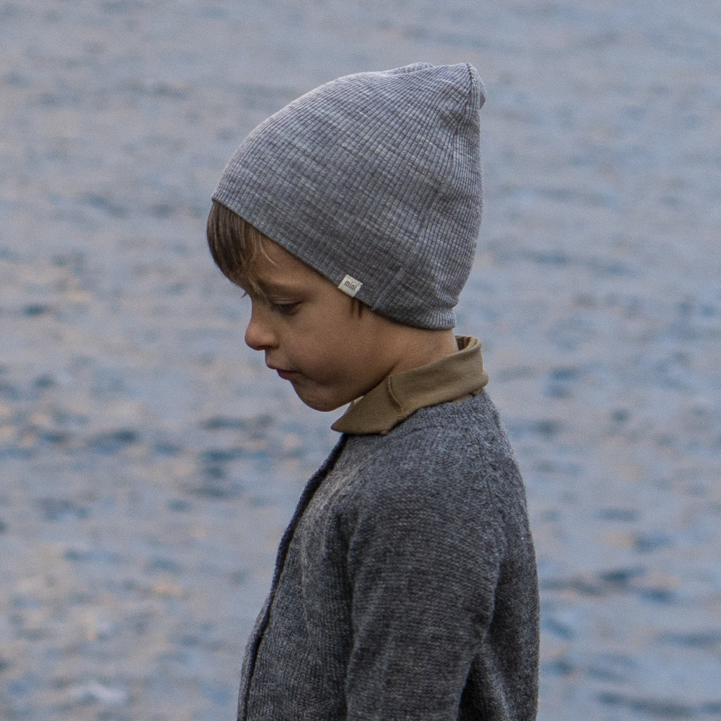 Hat / Bonnet babies wear organic sustainable luxurious fashion children clothes silk seamless merino wool natural design nordic minimalisma shop sale Andersen Grey Melange