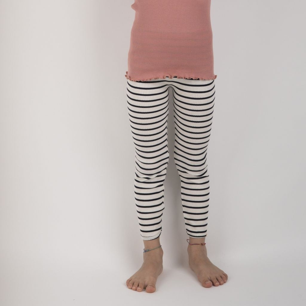 Leggings / pants babies wear organic sustainable luxurious fashion children clothes silk seamless merino wool natural design nordic minimalisma shop sale Bieber 6-14Y Sailor