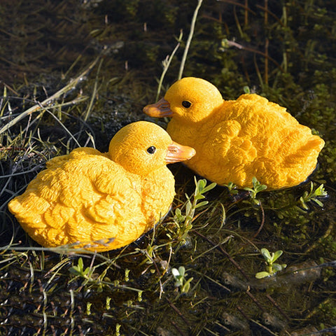 Artificial Floating Yellow Ducks