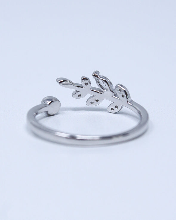 Leaf Twist Ring