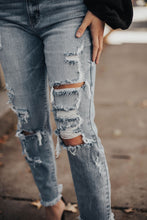 Load image into Gallery viewer, Parker Super High Rise Distressed Denim