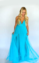 Load image into Gallery viewer, Beach Bombshell Maxi Dress