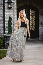 Load image into Gallery viewer, Foxy Leopard Maxi Dress