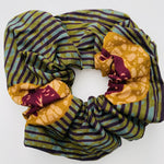 Calabar scrunchie bordeaux bird
