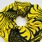 Calabar scrunchie feather - mumutane