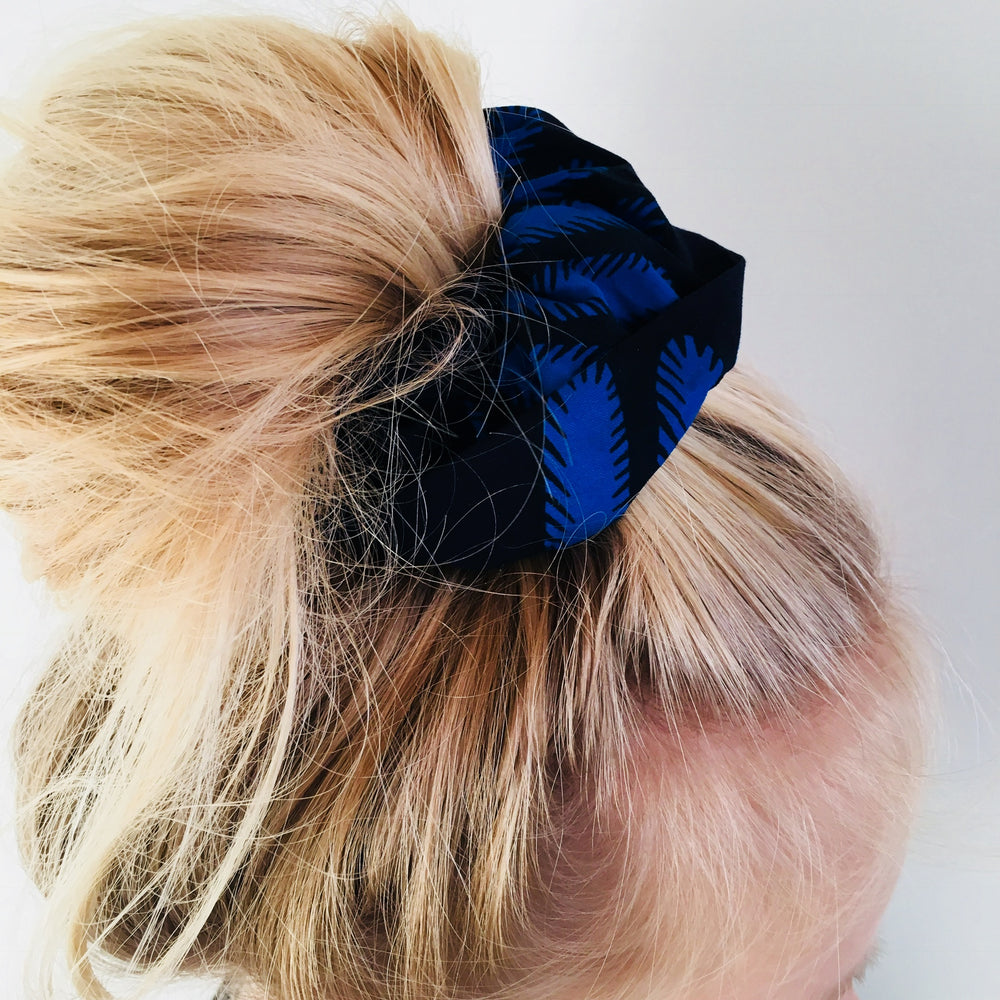 Calabar scrunchie twin tree blue, Scrunchie, mumutane