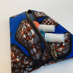 Akinde pouch autumn flower