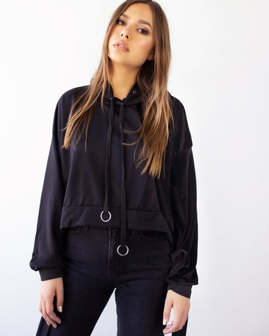 NESO SWEATER- BLACK