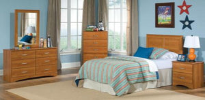 Tanner Queen 5 Piece Bedroom Set