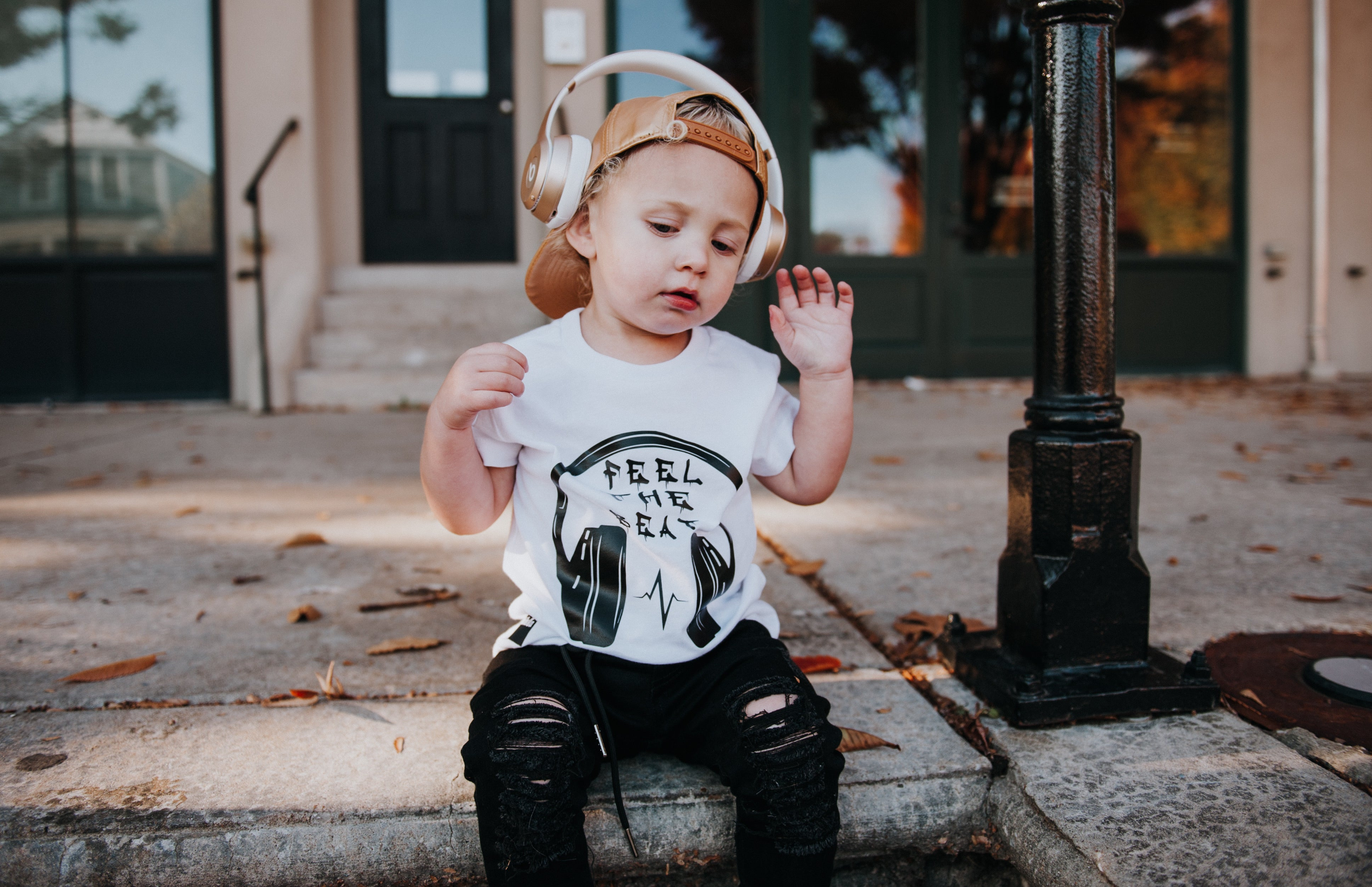 Feel The Beat Tee