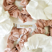 Pure Silk Scrunchie Set – Be Kind to Your Hair All Day Long! - Satosense