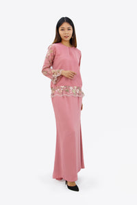 Adeline Kurung in Rose Pink