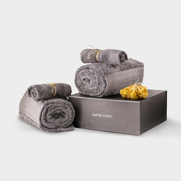 casamera bath towel boxset in moon grey with luffa