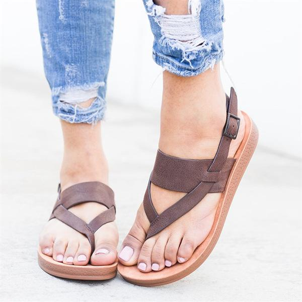 Cushion Sole Buckle Sandal