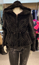 Load image into Gallery viewer, Knit Mink Jacket