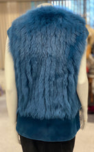 Load image into Gallery viewer, Fox and Mink Fur Vest